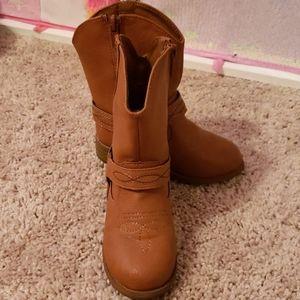 Little girl cowboy boots